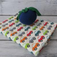 Jersey Kolorowe autka na kremie